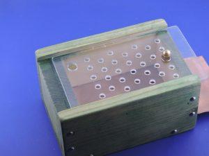 beebox per apipuntura in posizione aperta