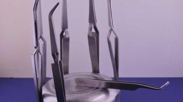 Porta-pinzette magnetico per apipuntura